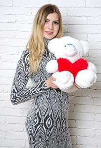 Белый медведь игрушка